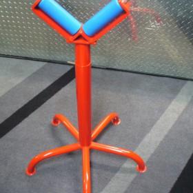 20120918094640_P1020294_800x600.JPG: Materialauflageständer V-Form